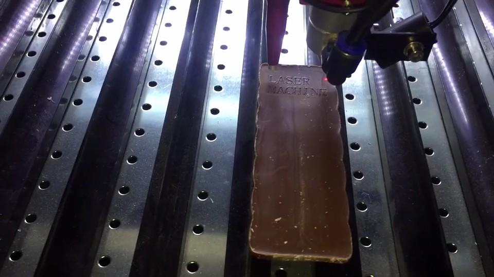40W laser source engraving chocoliate