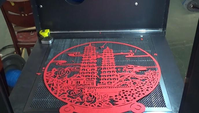 Dynamic RF Laser Marking machine cut nonwoven