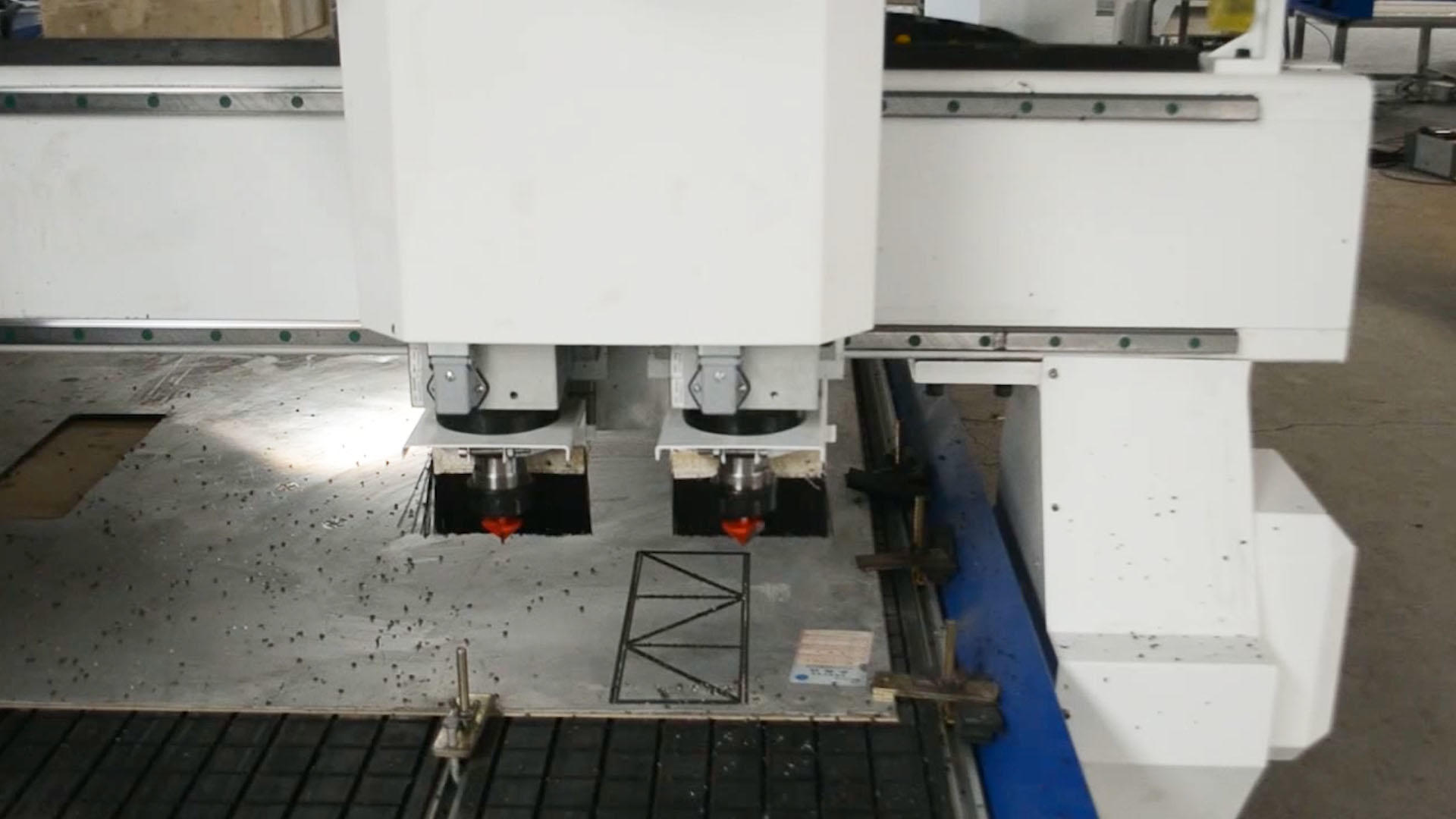 1540T2 CNC Router With 2 Spindles
